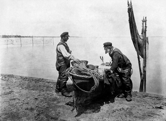 Осташков. Рыбаки