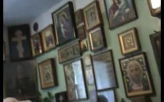 Паломники в келии Иоанна Крестьянкина
