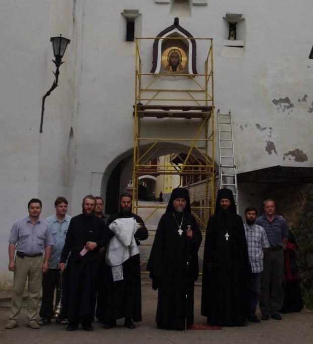 Мозаичные иконы Псково-Печерского монастыря (14)