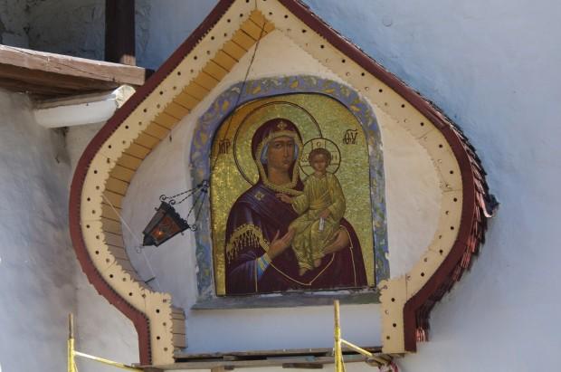 Мозаичные иконы Псково-Печерского монастыря (13)